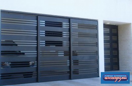 Puertas garaje modernas car interior design for Fotos de puertas metalicas modernas